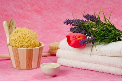 Mit einem exquisiten Bade-Set als Geschenkidee machen Sie Ihrer Frau bzw. Freundin garantiert eine Freude